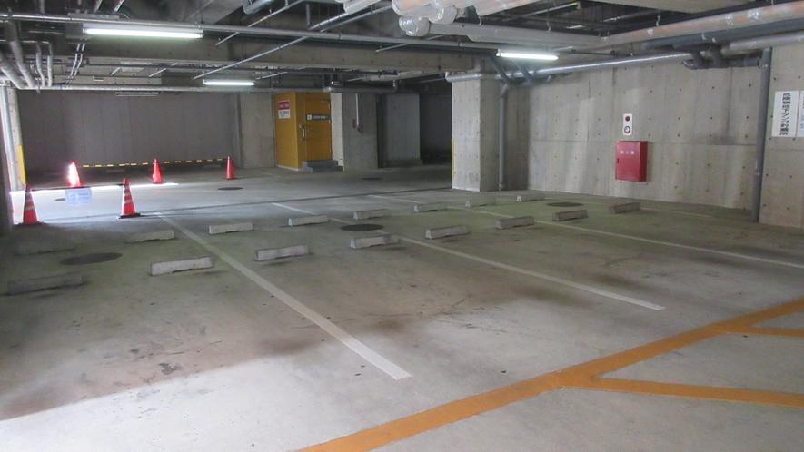 駐車場(屋根付)