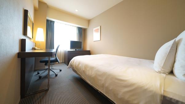 【デイユース】シングル 18平米 ベッド幅140センチ