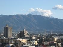 部屋から富士山