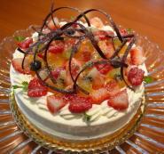 【サプライズプラン★伝えたい言葉を薔薇に変えて】薔薇ブーケ&ホールケーキでお祝い★旬の夏会席ランチ
