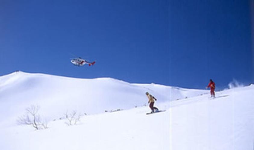 栂池へリスキー・スノーボード