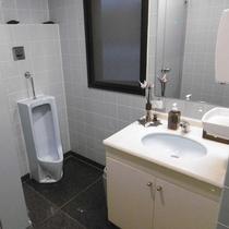 1F 共用トイレ
