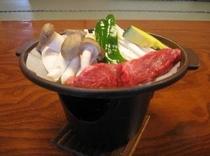 きのこと牛かルビの陶板