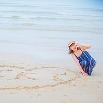 マリンブルーに輝く海は壱岐の象徴!遠浅なのでお子様でも安心して遊べます