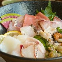 【ランチ】壱岐島でしか味わえない「玄界灘のお宝鮮丼」