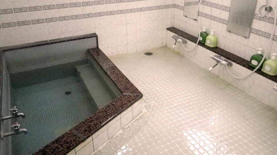 *男性用浴場/1日の疲れた体をゆっくりほぐして下さい。(※女性用はございません)