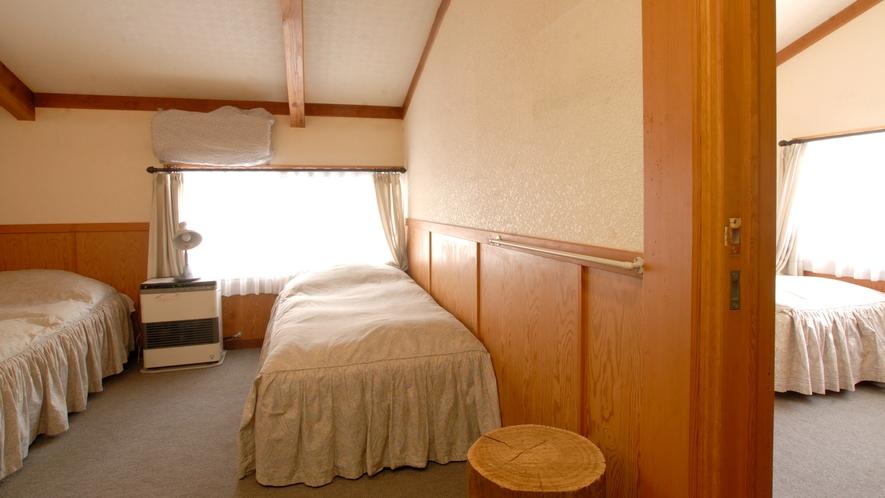 本館ペンション客室(バストイレ付)一例※お部屋によりタイプが異なります