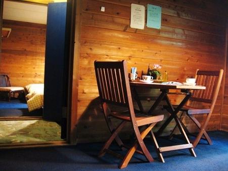 ◆素泊り 貸し切りの2部屋続き中で行き来が出来るルーム