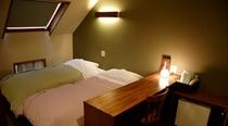 201号室ベッドスペース310
