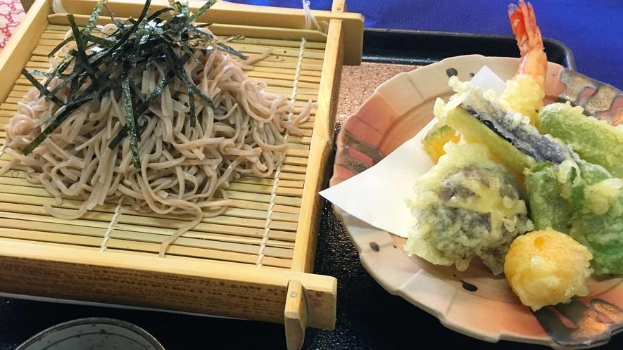 食事処メニューざる蕎麦と天麩羅膳