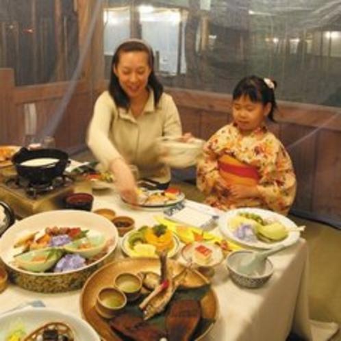 【かや夕宴】 お食事風景