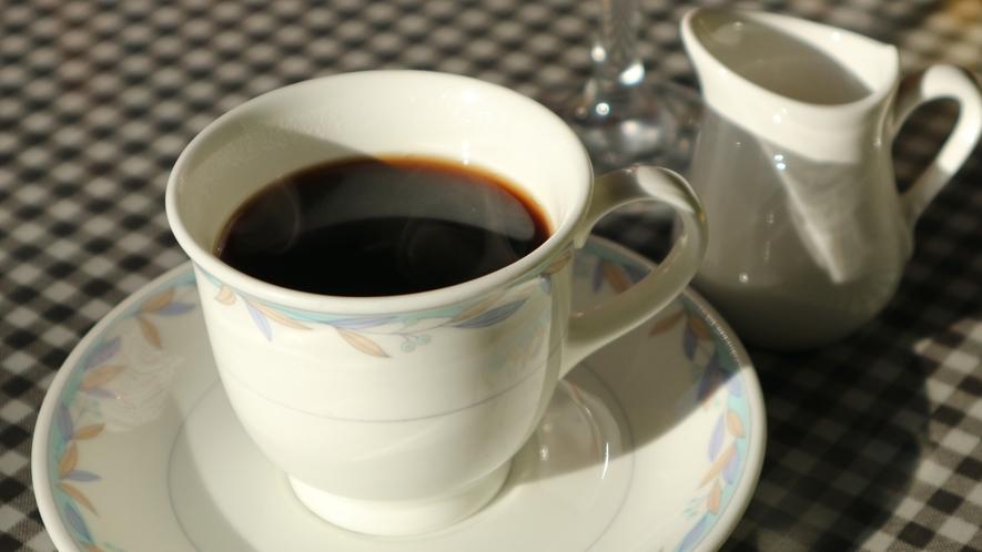 *[朝食一例]お土産としても人気の「ミカドコーヒー」でスッキリと目覚めの良い朝を