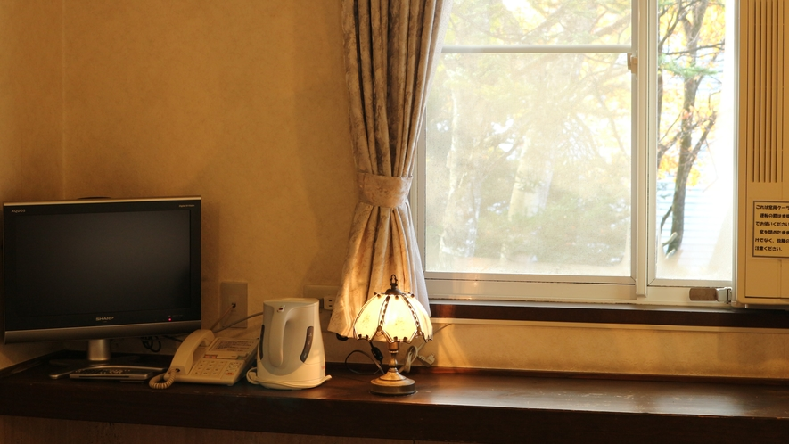 *[アネックス館/ツイン・バストイレ付]シンプルで落ち着く雰囲気の客室