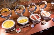 朝食卵料理など