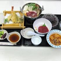 *【夕食一例】ボリュームたっぷり♪当館自慢の「ぼたん鍋」メインのお食事