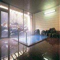 【内湯大浴場】24時間入浴可能 天然温泉大浴場はアウト後でも入浴が可能