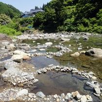 *川原の手堀り野天風呂