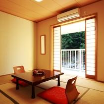 ☆7畳のお部屋 窓からは中津川の自然を楽しめます