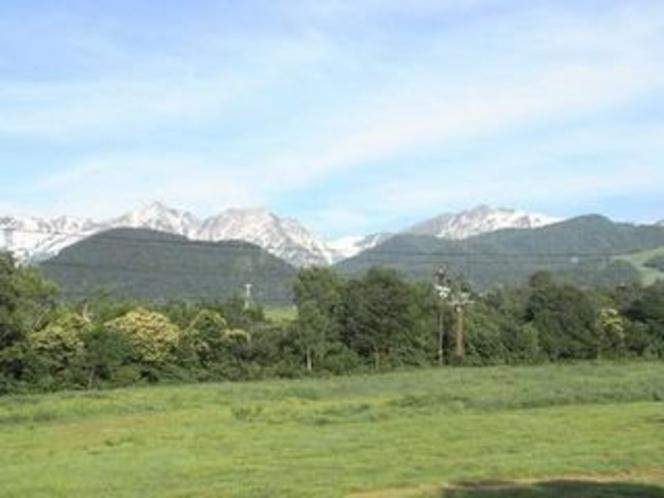 初夏の白馬三山