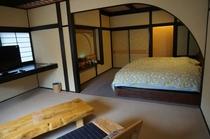花の壱番客室ベットルーム
