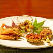 *【夕食一例】季節の食材を取り入れたお食事です。