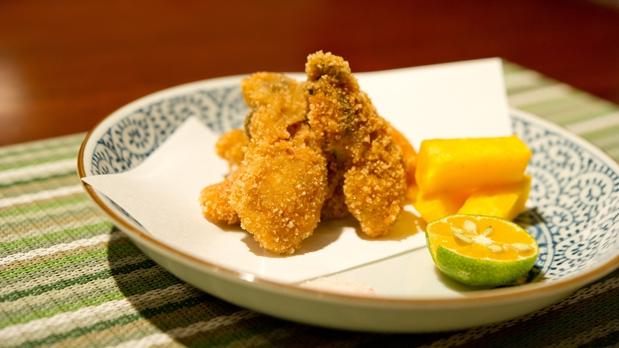 *【夕食一例】和洋折衷のお食事をぜひご賞味下さい。