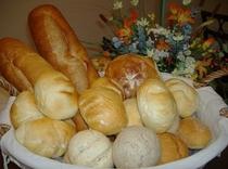 焼立てパン