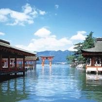 世界遺産 厳島神社(大鳥居 修理工事中)