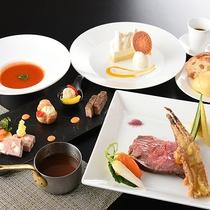絶景自慢の上層階レストランで優雅にコース料理をお楽しみいただけます。(洋食イメージ)