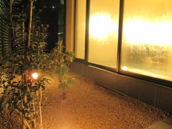 羽衣の湯 庭園風景