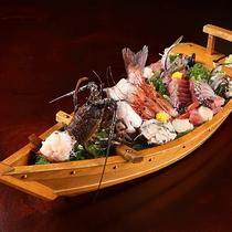 熱海の鮮魚!いけす料理はご好評いただいております☆別途舟盛も注文を承っております。