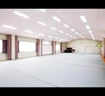 *150畳もあるひろ~い別館多目的ホールスペースです。用途に応じてご自由にお使いください