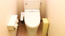 東館のトイレ★ウォシュレット付き