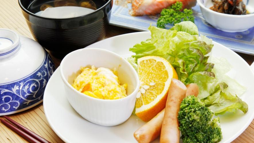 ◆シンプルでヘルシー。朝から元気になれる朝食です♪