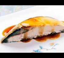*地物鮮魚を使った照り焼き
