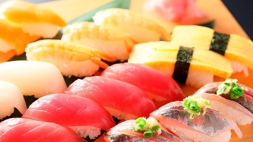 種類豊富なお寿司も食べ放題