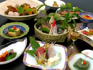 健康食材懐石料理例3 ゆば・有精卵
