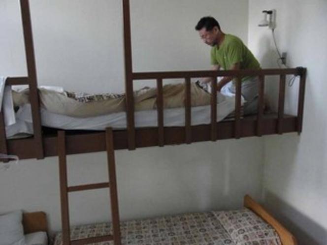 ベッドメーク206 上-1
