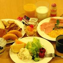 *朝食ビュッフェバイキング(盛り付け例)