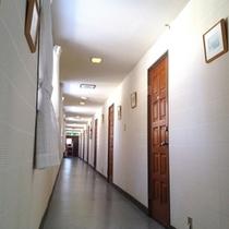 本館2F 廊下