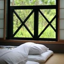 メゾネット 2階 寝室