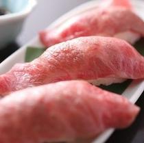 飛騨牛炙り握り寿司