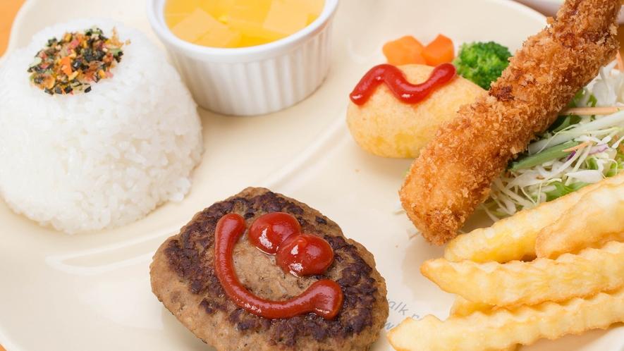 *お子様ランチ一例/お子様用の夕食メニューです。