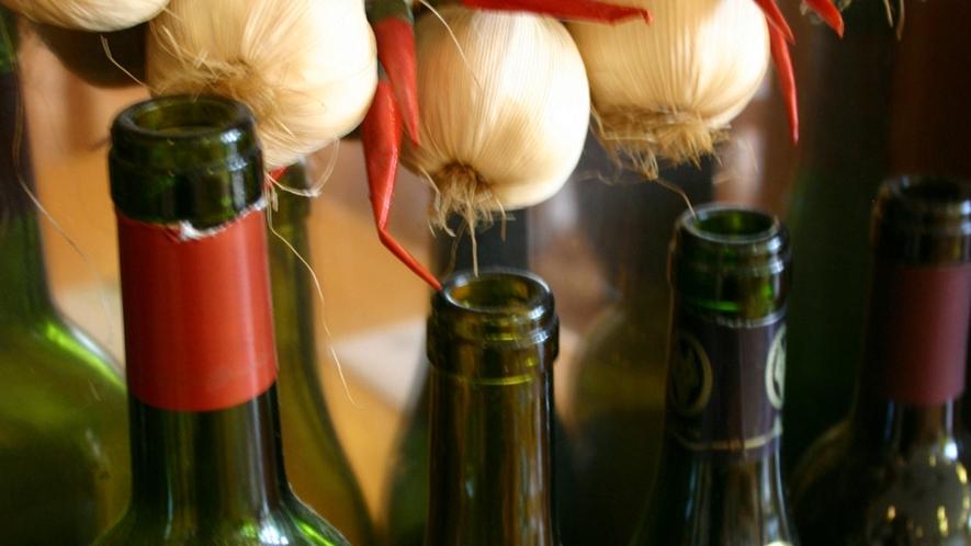 *ご夕食時に、ワインなどのアルコール類もご用意しております。
