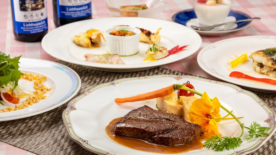 *【夕食一例】飛騨牛ステーキをメインとしたコース一例