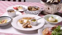 """*飛騨高山の郷土料理""""朴葉味噌""""をメインとしたコース一例"""
