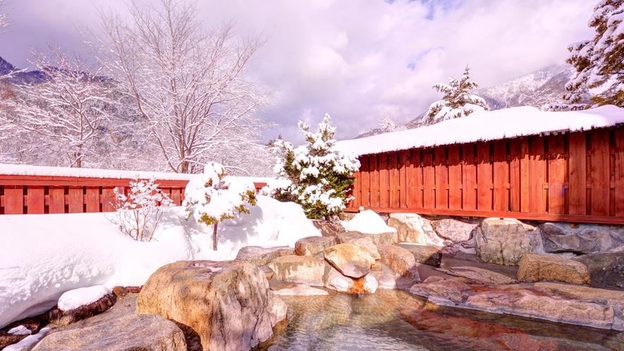 *「槍ヶ岳」の眺めが一番の貸切露天風呂