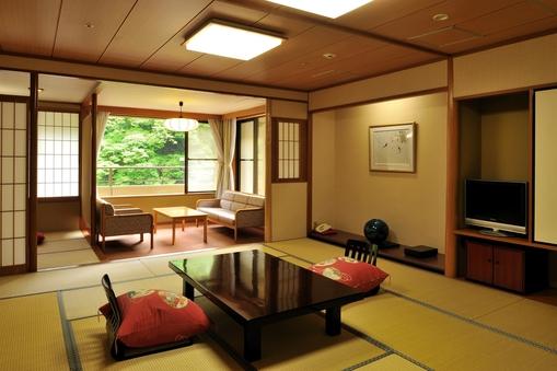 【禁煙:7〜8階】川側数奇屋丸和室12.5畳+2畳