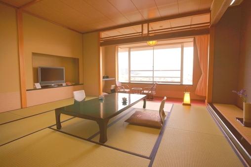 富士山ビューと絶景夜景NO1◆和室12〜15畳!【喫煙】