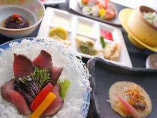 3組限定!【日帰り★温泉】7つの温泉無料+四季彩の創作料理+富士山が見える和空間のお部屋!貸切露天も